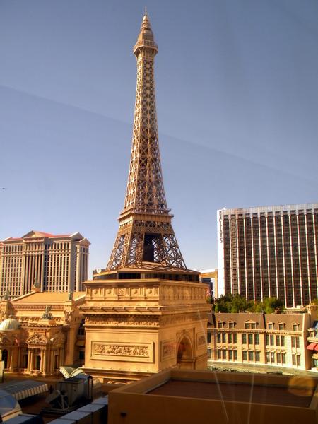 La Tour Eiffel de jour
