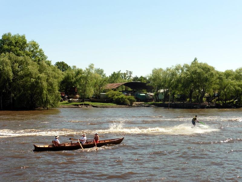 Sports d'eau sur le rio