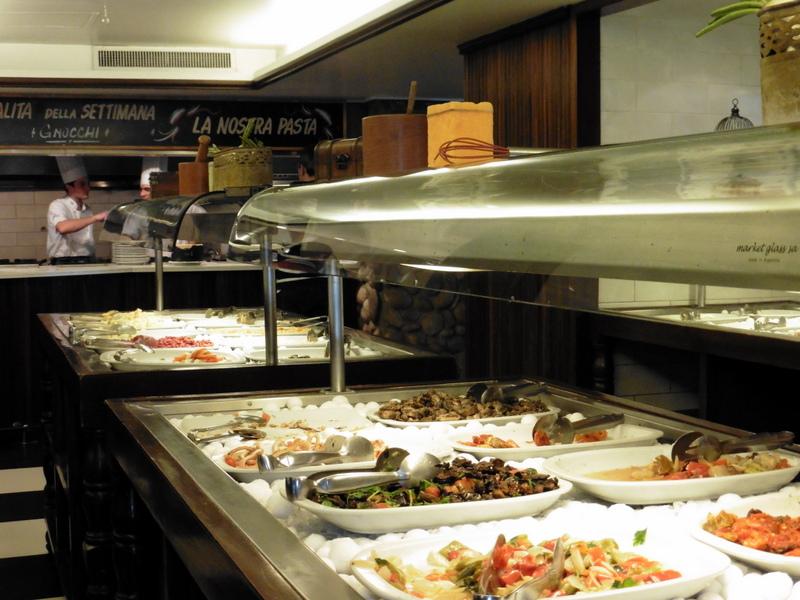 Buffet de hors-d'œuvre à La Bistecca