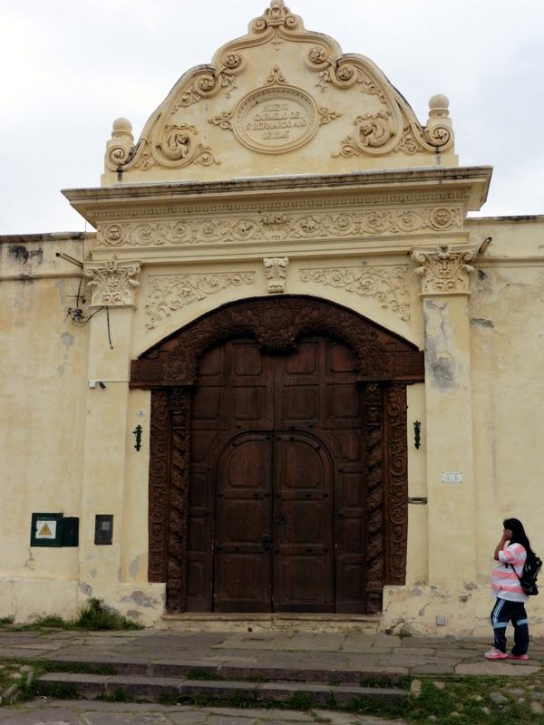 La porte du couvent