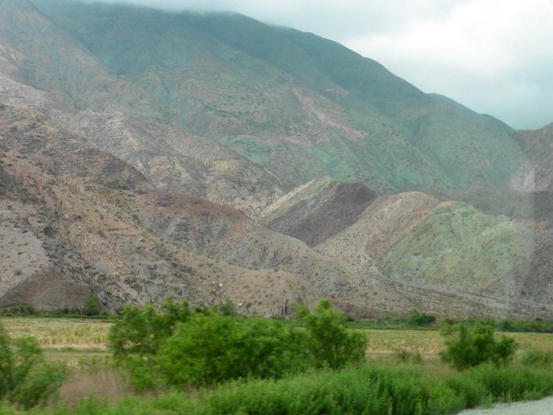 Les collines colorées sur la route du retour