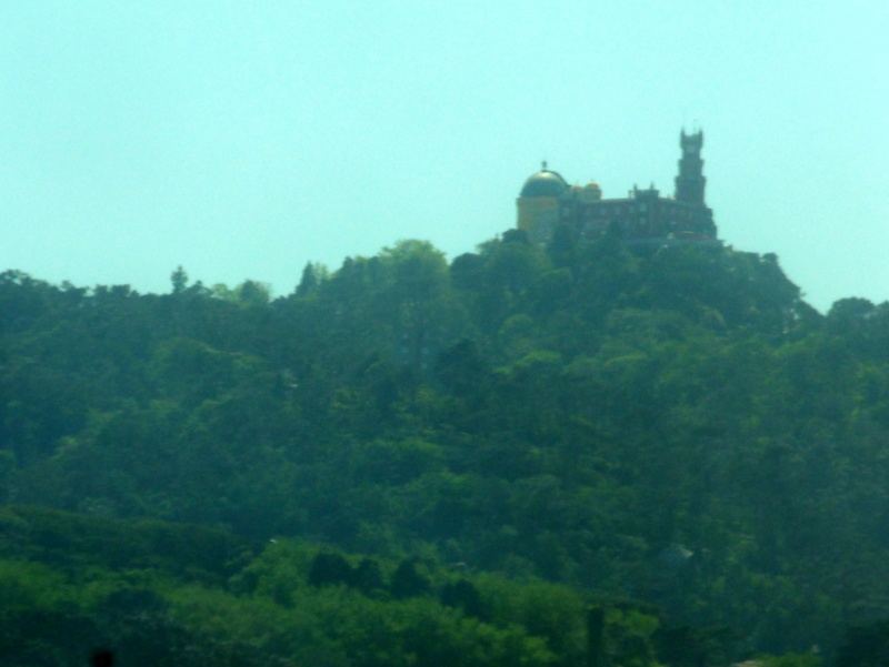 Le palais da Pena, vu de loin