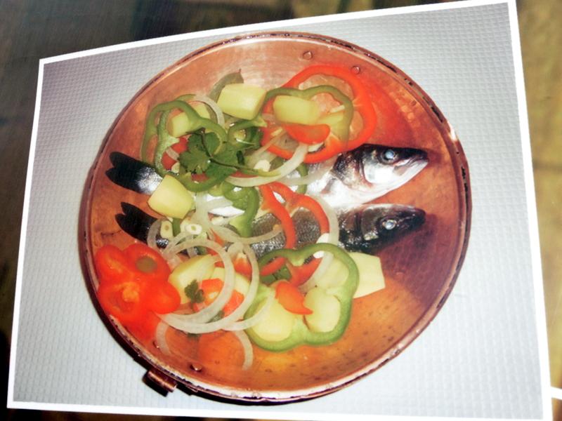 Plat à sardines en cuivre