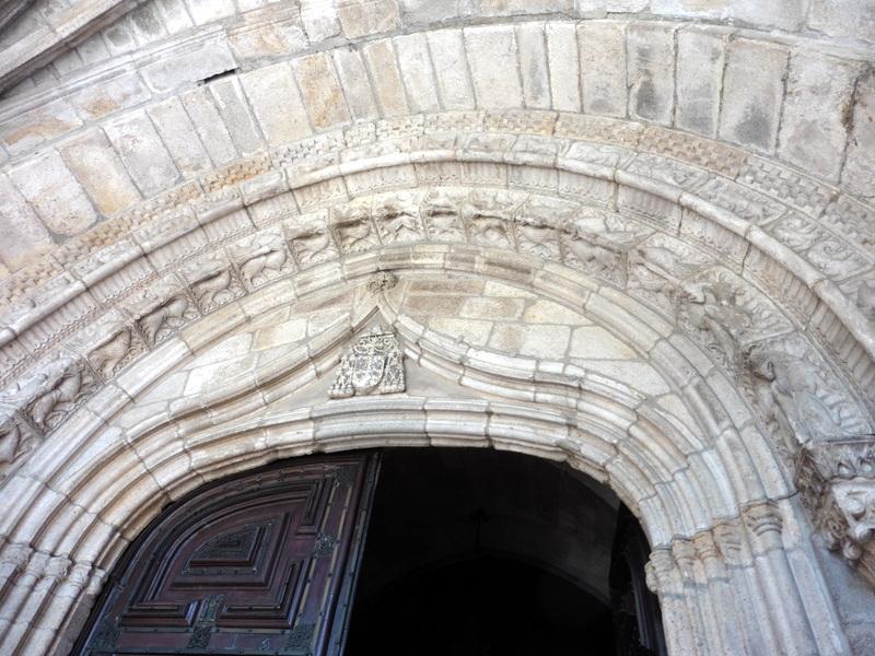 Sculptures du portail ouest