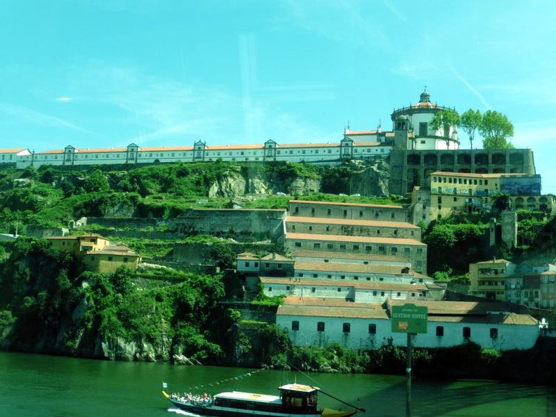 Le couvent Nossa Senhora da Serra do Pilar