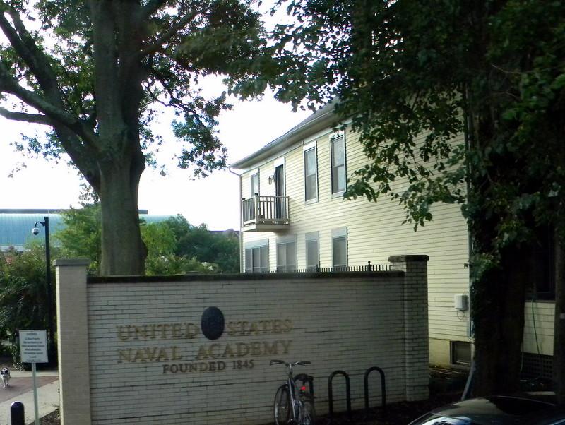 La Naval Academy