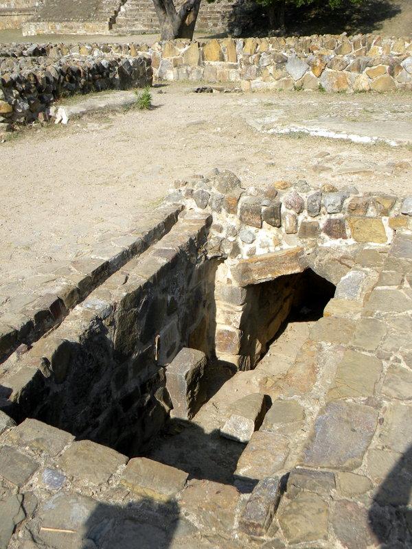 La tombe 56