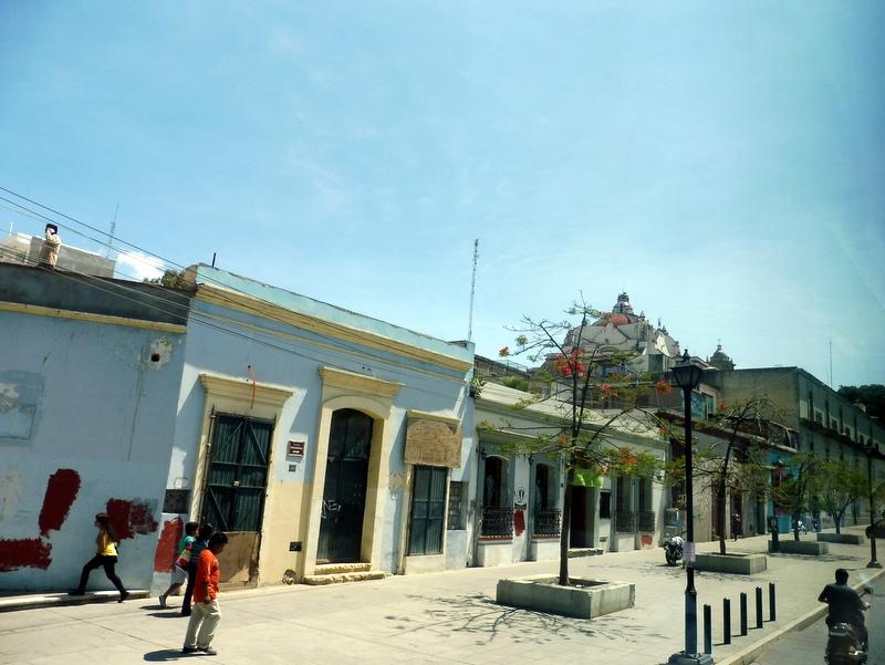 Jolie rue à Oaxaca
