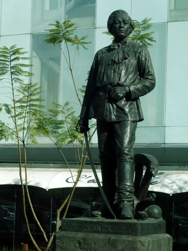 Statue du général Zuazua