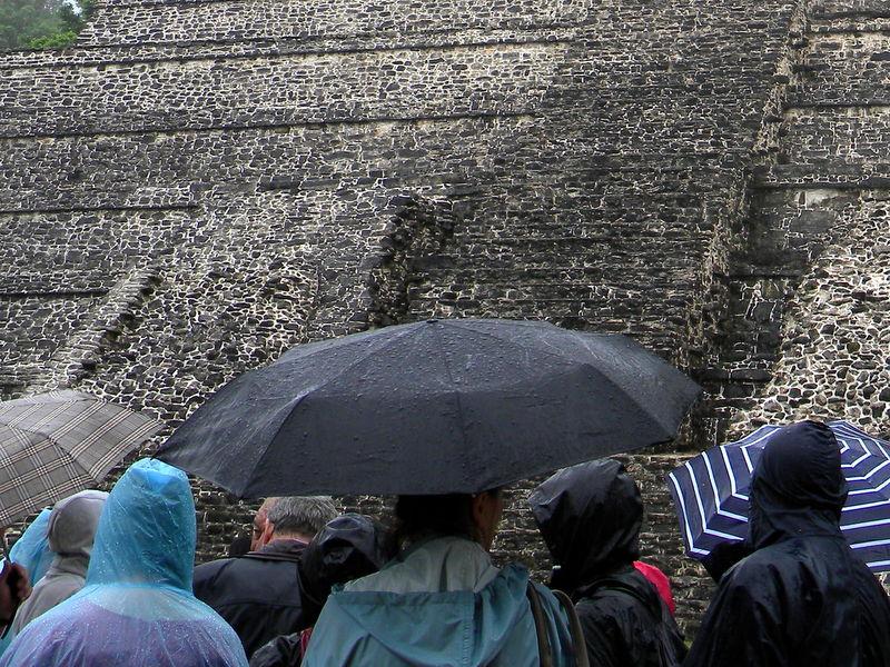 Visite sous la pluie