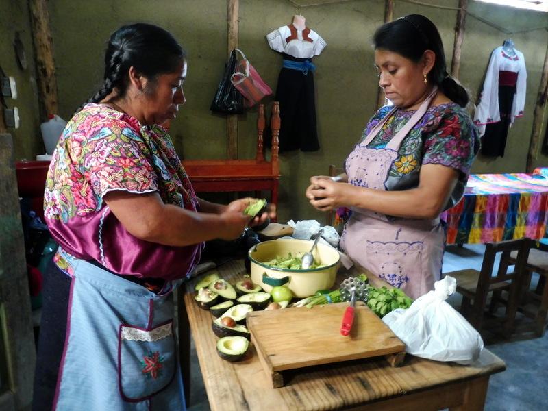 La préparation du guacamole