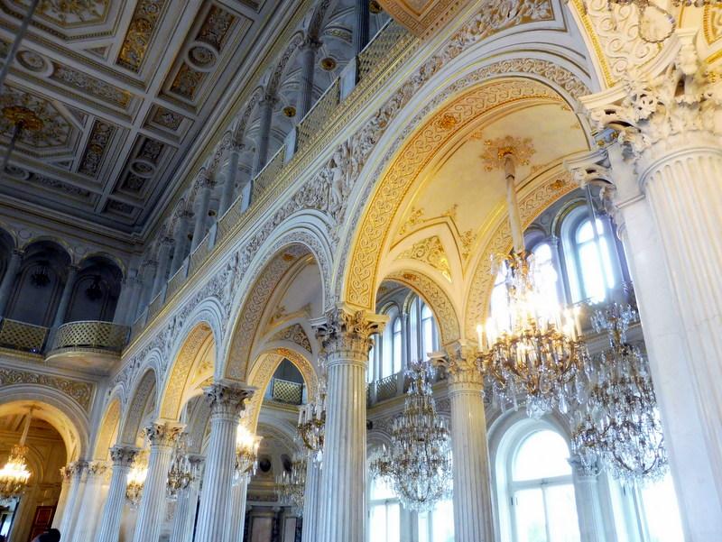 La salle du pavillon