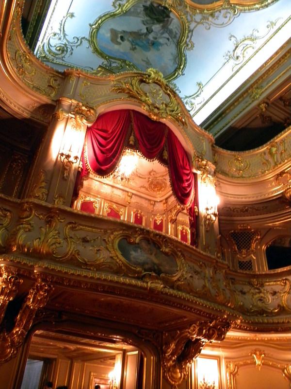Le théâtre (2)