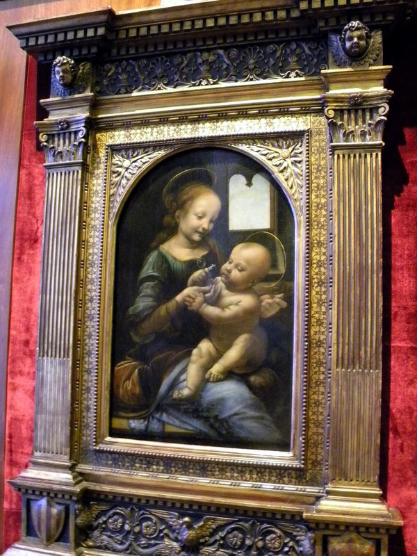 La Madone à la fleur - Léonard de Vinci