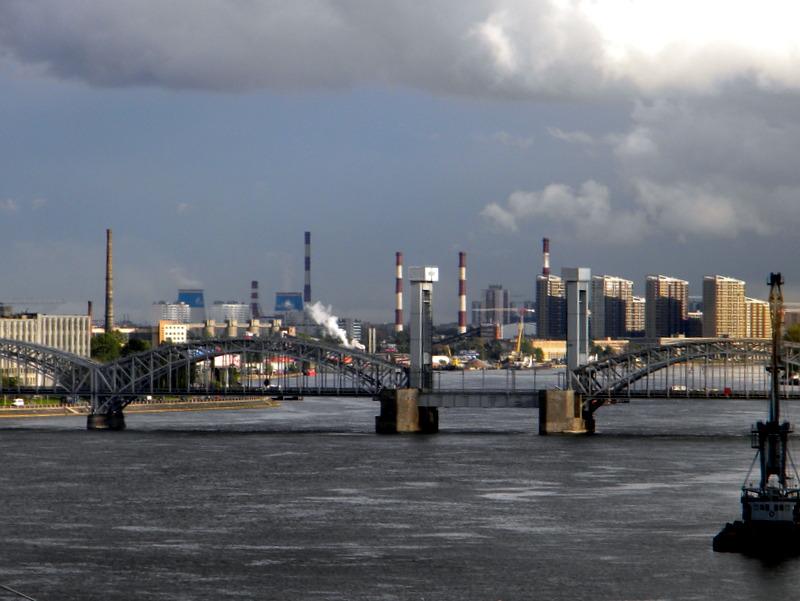 Pont sur la Neva (2)