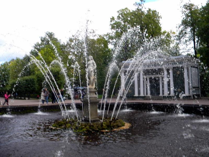 La fontaine Ève