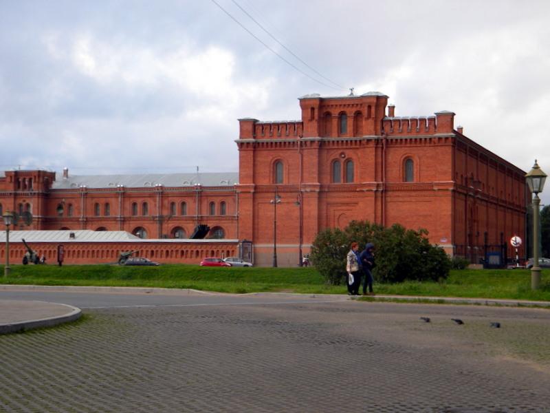 À l'intérieur de la forteresse (2)