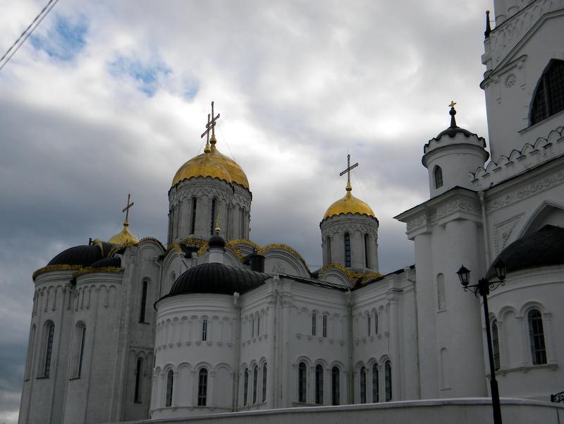 Église d'hiver et église d'été