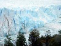 Le-glacier-vu-des-passerelles.jpg
