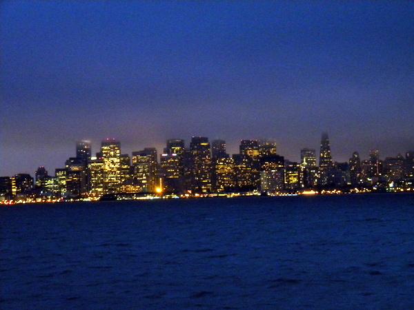 Le front de mer la nuit