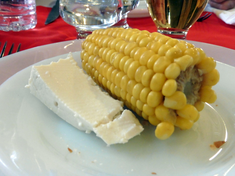 Fromage de chèvre et maïs grillé
