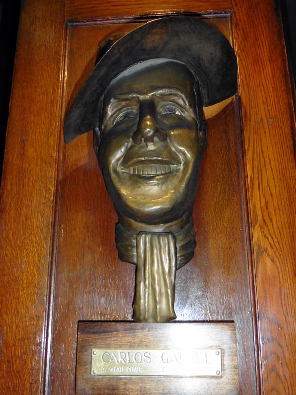 Buste de Carlos Gardel