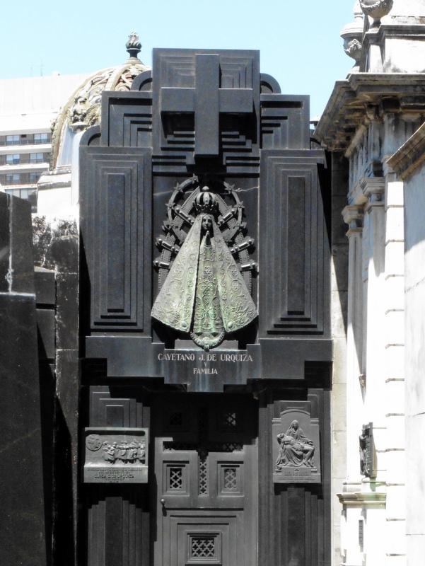 Le tombeau de C. Urquiza