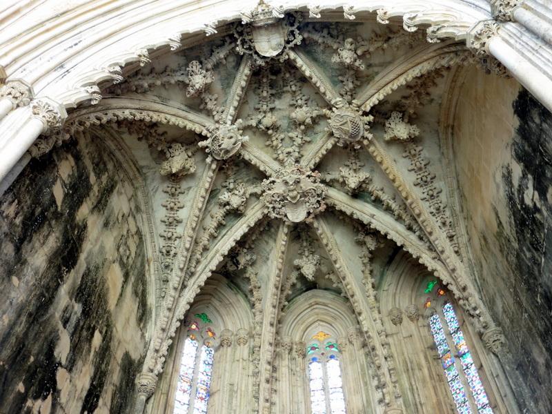 La voûte d'une chapelle