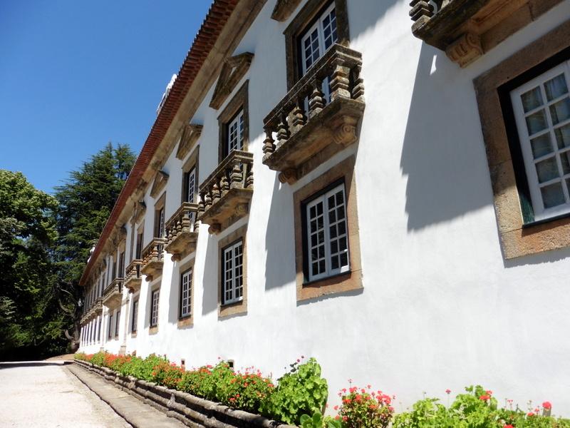 Les balcons de 'aile gauche