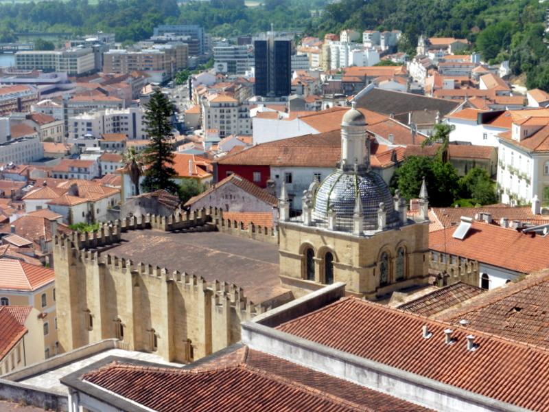 Vue sur l'ancienne cathédrale