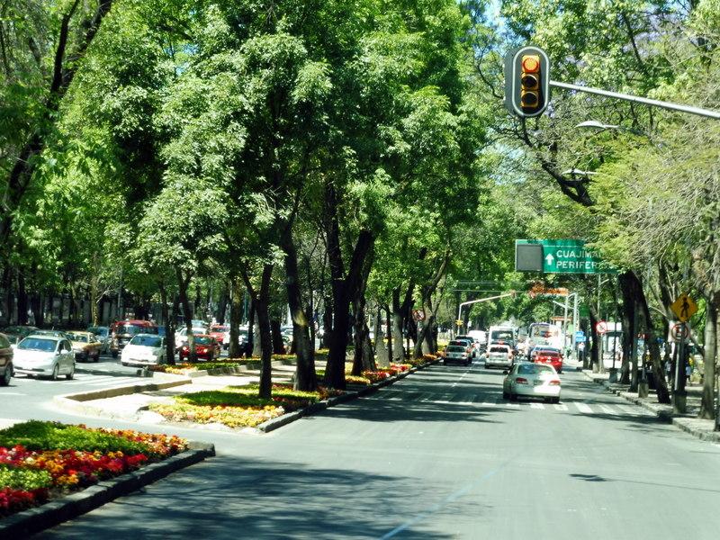 Le Paseo de la Reforma