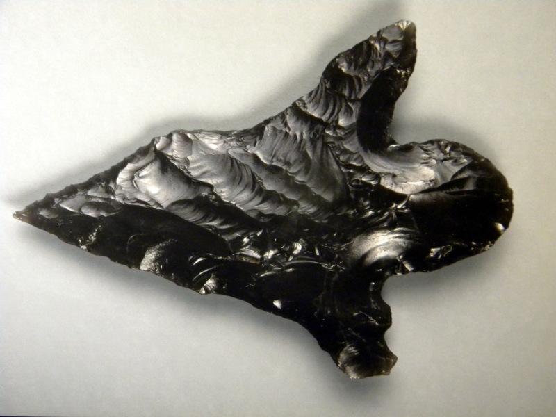 Couteau en obsidienne