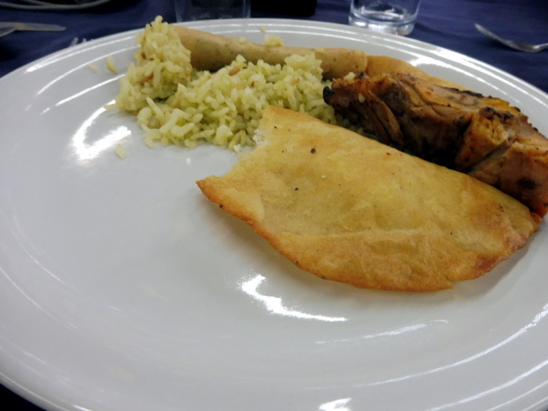 Viande grillée et enchiladas