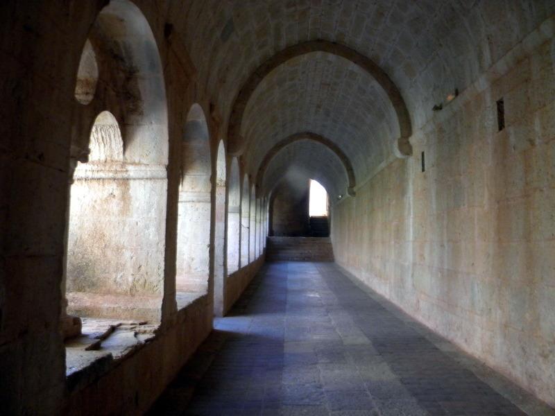 Abbaye du Thoronet, cloître