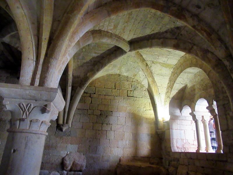 Abbaye du Thoronet, arcs romans