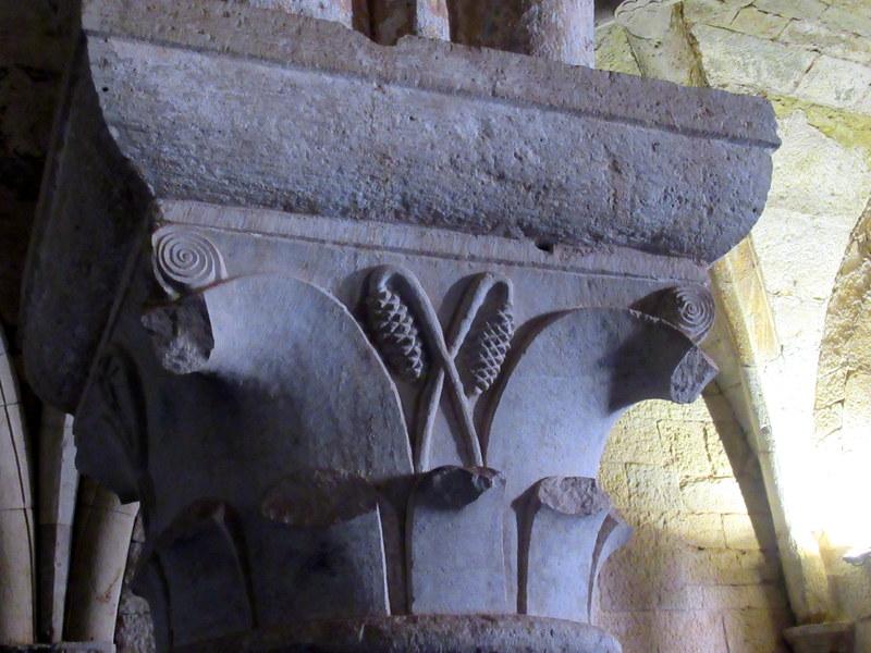 Abbaye du Thoronet, détail de chapiteau