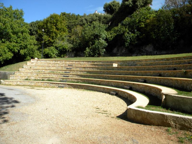 Tourtour, théâtre de verdure