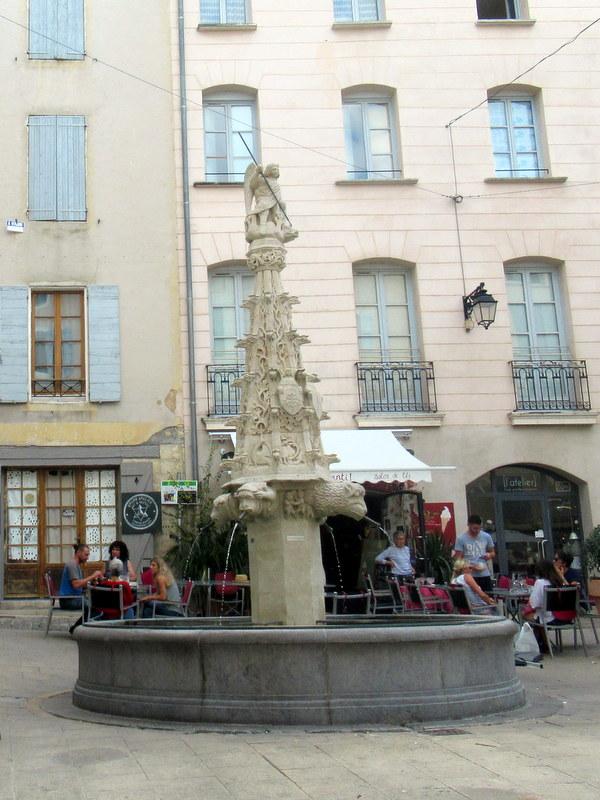 Forcalquier, fontaine Saint-Michel