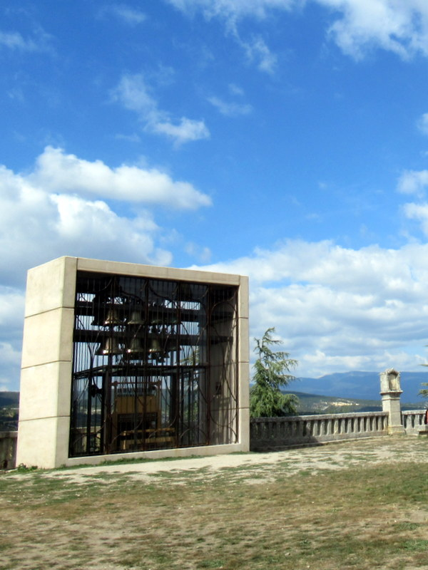Forcalquier, carillon en haut de la citadelle
