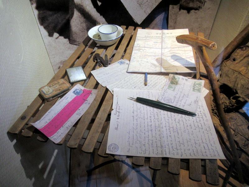 Digne, Maison d'A. David-Néel, manuscrits de ses récits de voyages