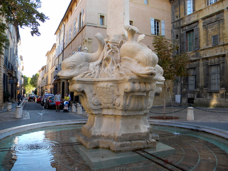 Aix-en-Provence, fontaine des Quatre Dauphins