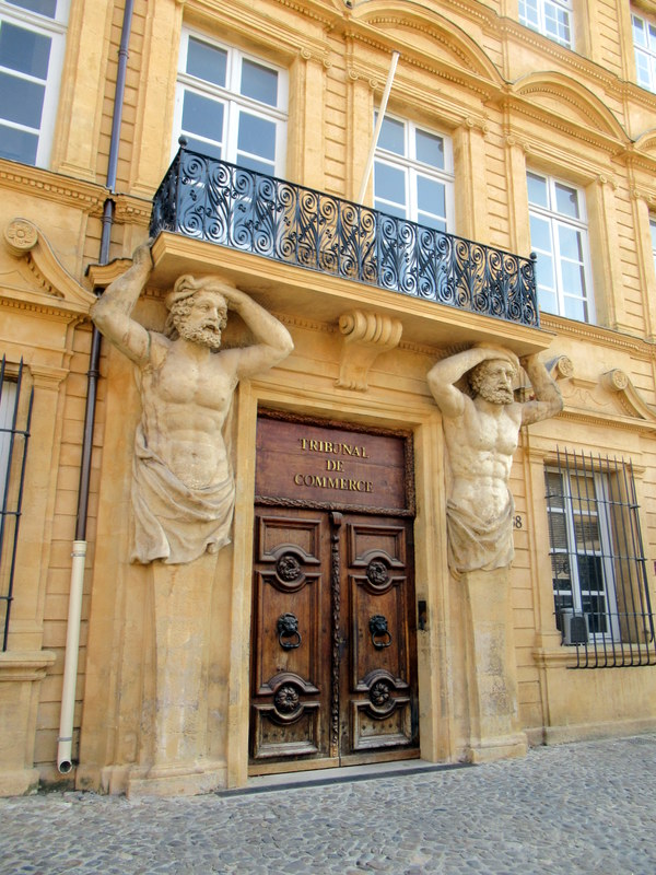 Aix-en-Provence, Tribunal de Commerce, atlantes
