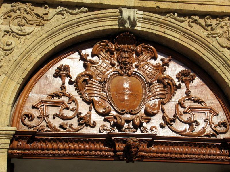 Aix-en-Provence, portail du palais archiépiscopal