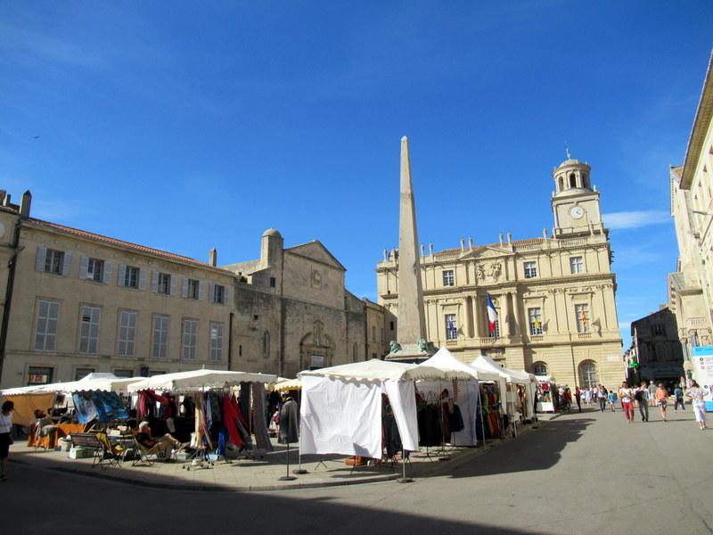 Arles, place de l'Hôtel de Ville