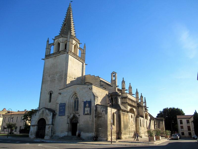 Tarascon, église Sainte-Marthe