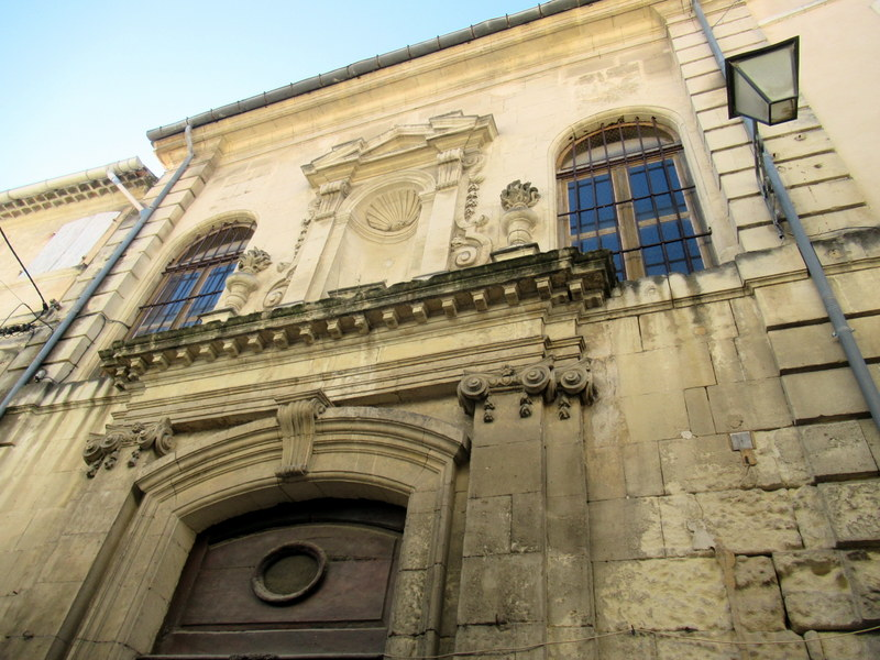 Tarascon, jolie façade