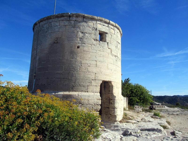 Les Baux de Provence, moulin banal