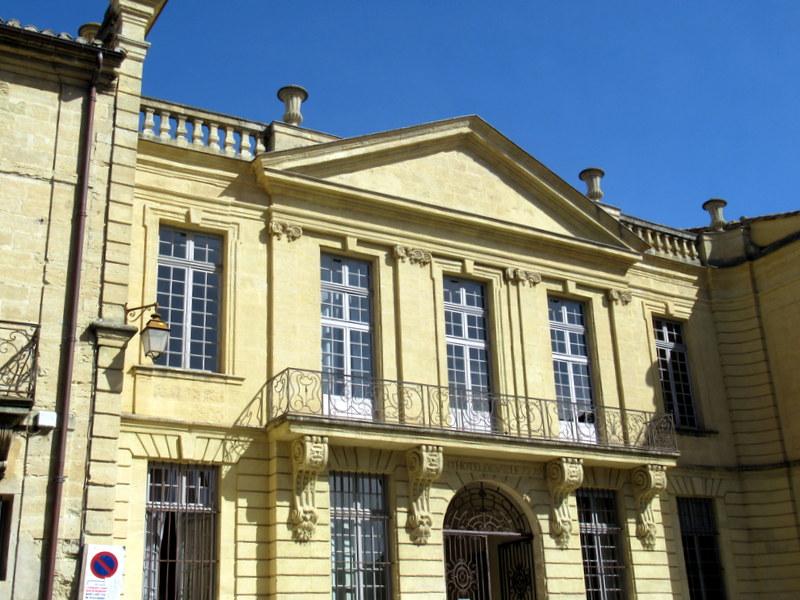 Uzès, Hôtel de Ville