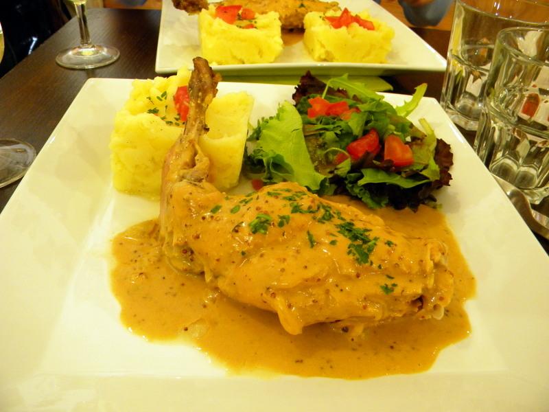 Uzès, Brasserie Oh la Vache, lapin à la moutarde